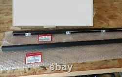 HONDA GENUINE 92-95 EG6 CIVIC OUTER L&R SET WINDOW DOOR MOLDING Water Cut Mall