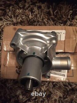 New Genuine Honda G21500 Water Pump